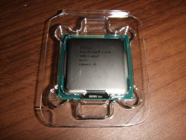 CPU・Ivy Bridgeの写真1